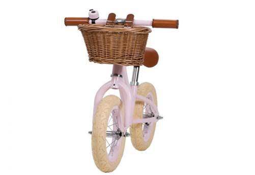 vélo rose avec panier marque banwood