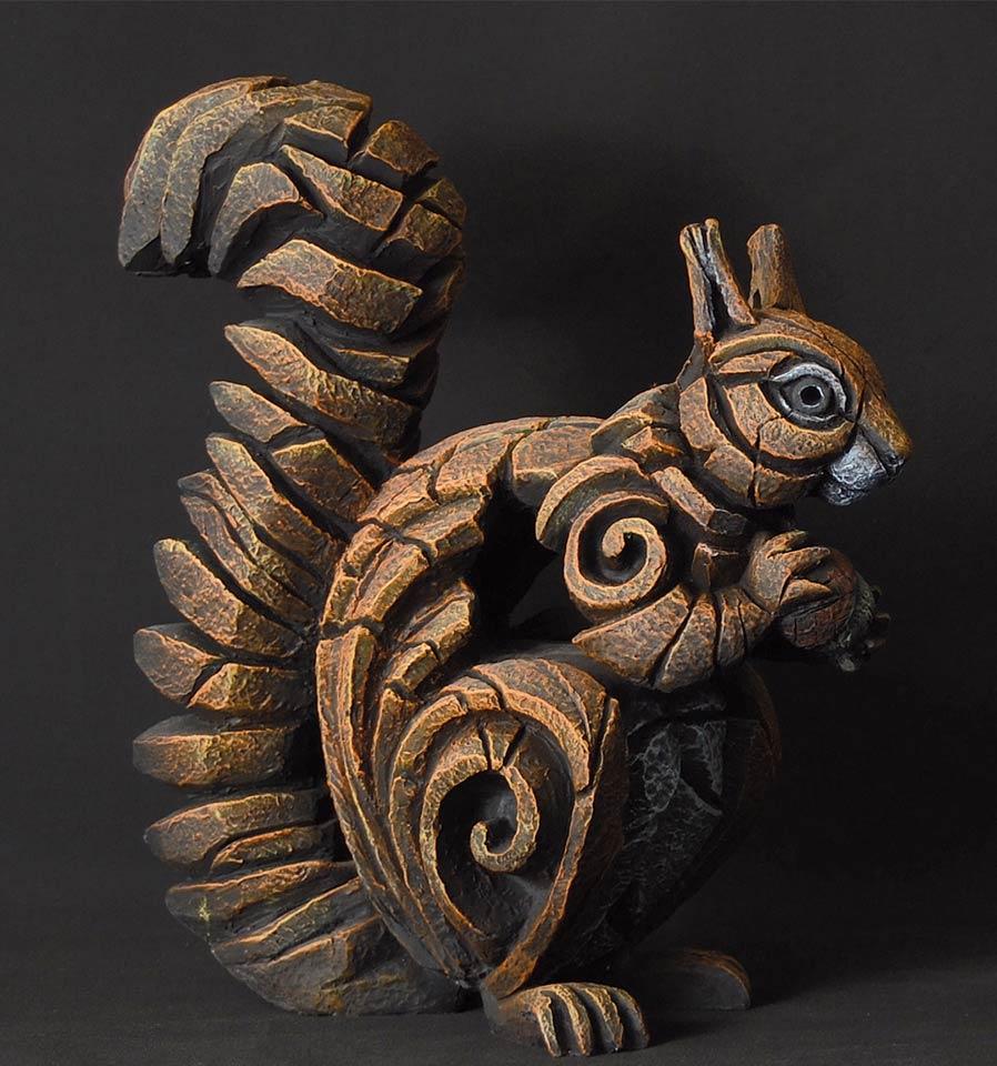 Edge sculpture, écureuil