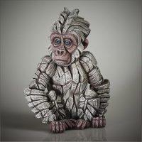 Bébé gorille blanc, réalisé par Edge sculpture- Ref ED36W